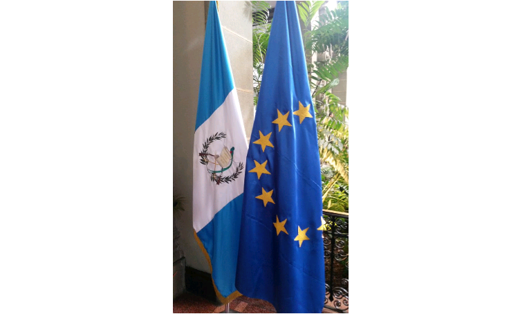 """Saludo de los europarlamentarios al Foro de Intercambio celebrado en Guatemala sobre """"Defensa de la tierra y el territorio de los pueblos indígenas de Guatemala"""""""